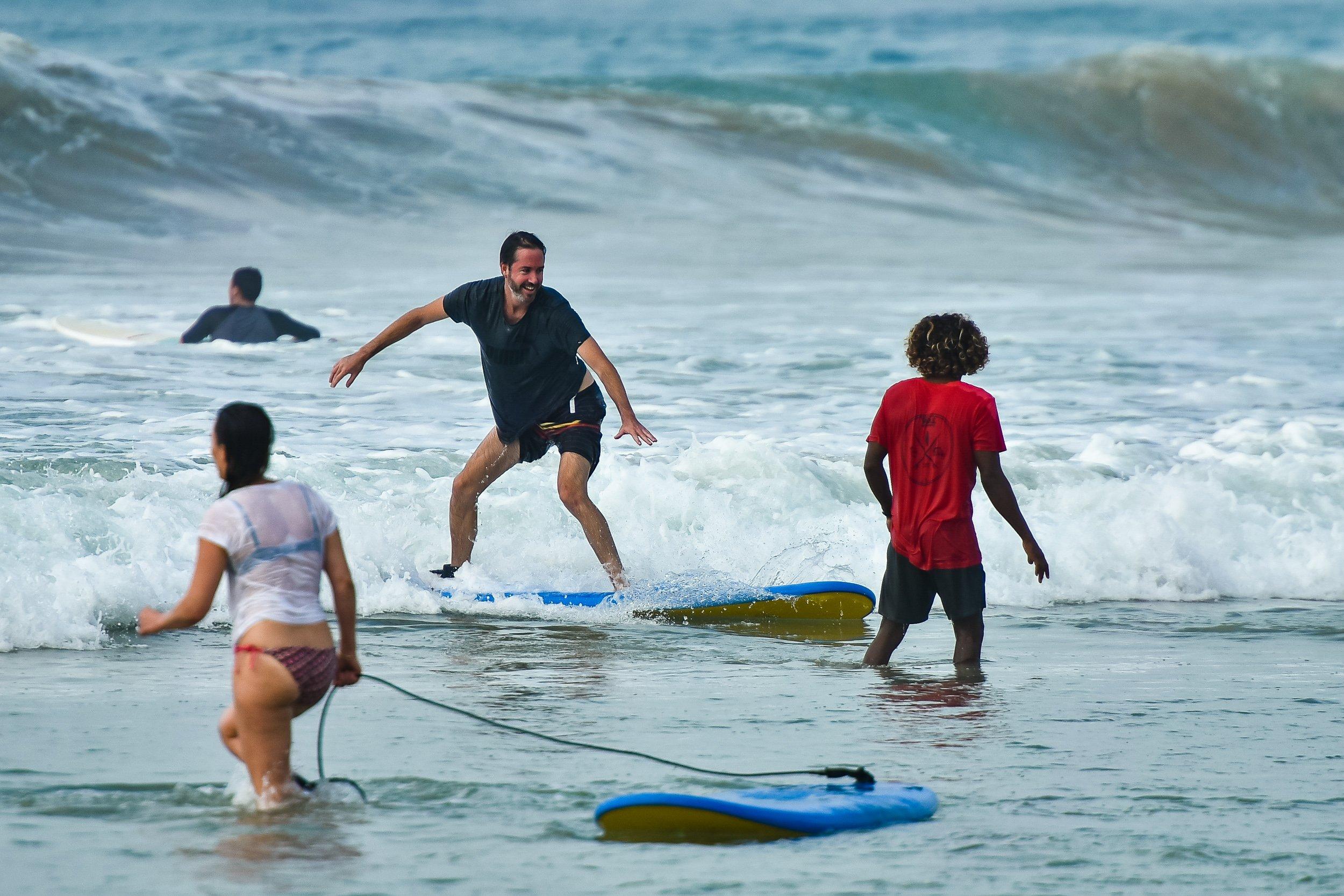 Kabalana surf lesson